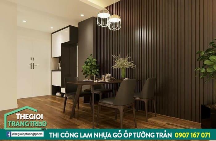 Vật liệu ốp tường showroom HOT nhất năm. Tấm nhựa ốp tường pvc giả gỗ decor quán cafe đẹp như gỗ tự nhiên
