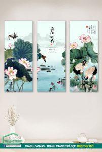 Mẫu tranh canvas hoa sen đẹp, tranh trang trí phòng khách cao cấp