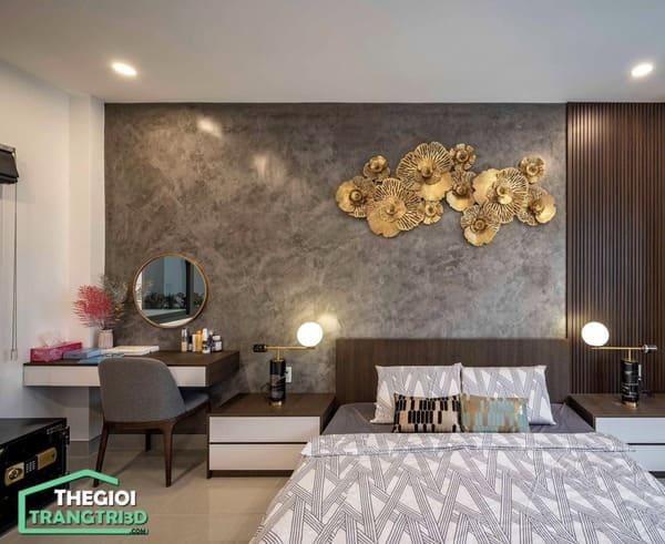 Trang trí phòng ngủ đẹp với giấy dán tường cao cấp và tấm ốp gỗ composite