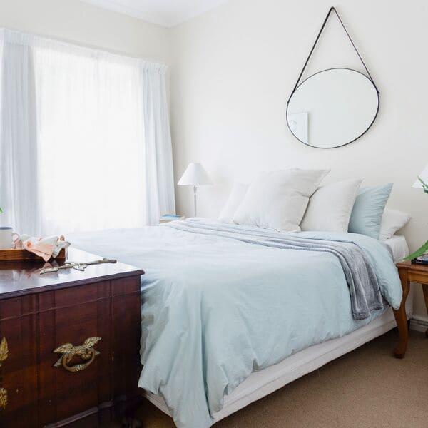 Ý tưởng thiết kế phòng ngủ nhỏ đẹp, đầy đủ tiện ích